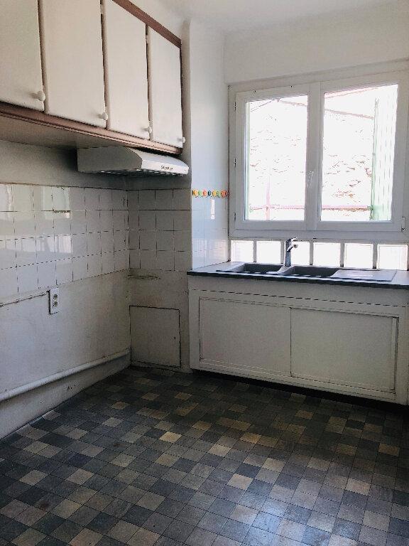 Appartement à louer 3 53.58m2 à Manosque vignette-3