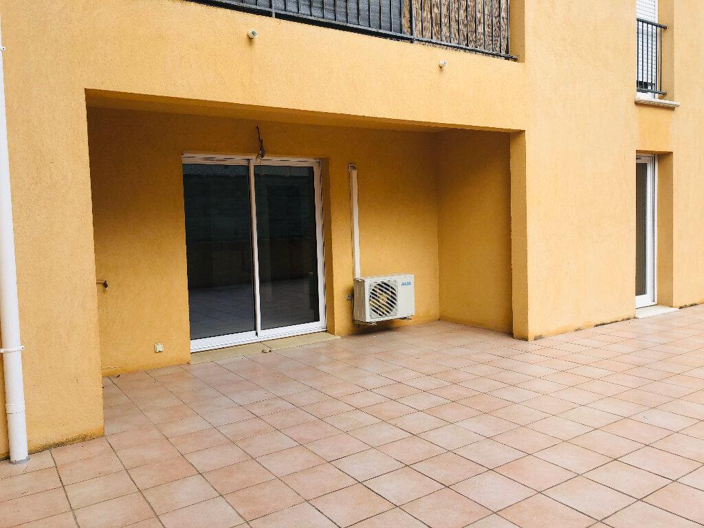 Appartement à louer 3 65.71m2 à Manosque vignette-7