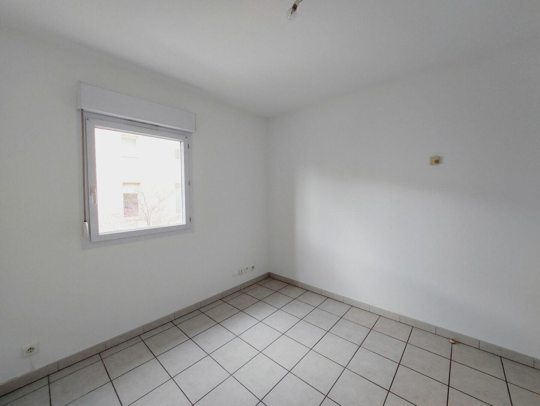 Appartement à louer 2 42m2 à Manosque vignette-4