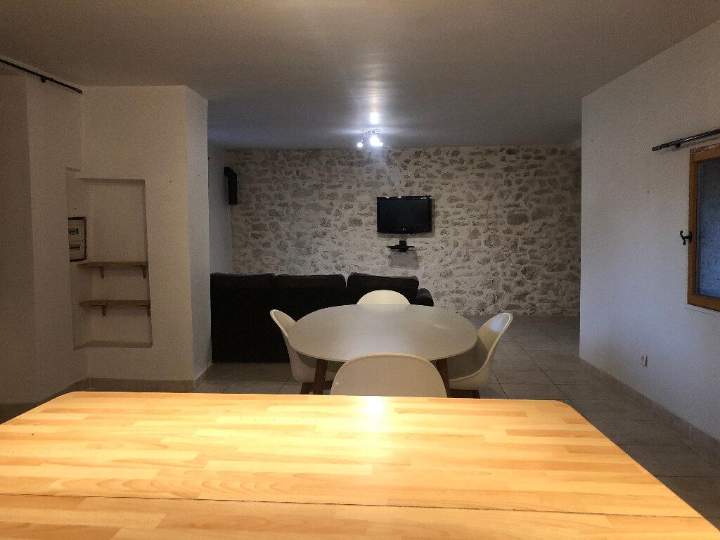 Appartement à louer 4 99.24m2 à Mane vignette-3