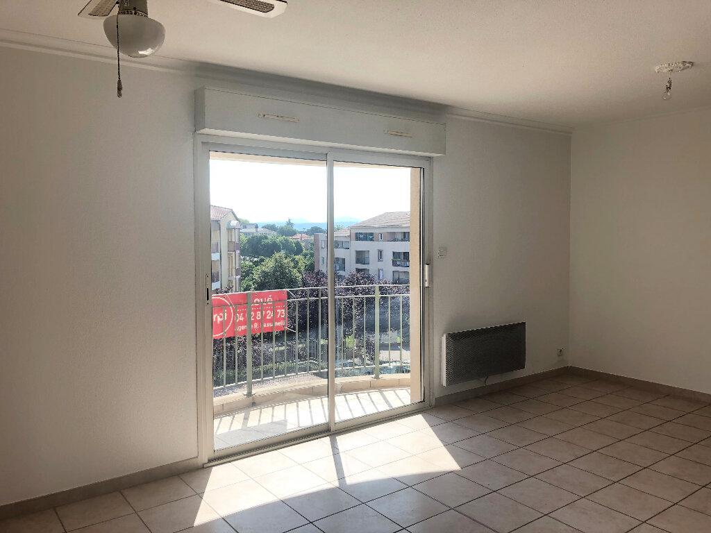 Appartement à louer 2 51.08m2 à Manosque vignette-1