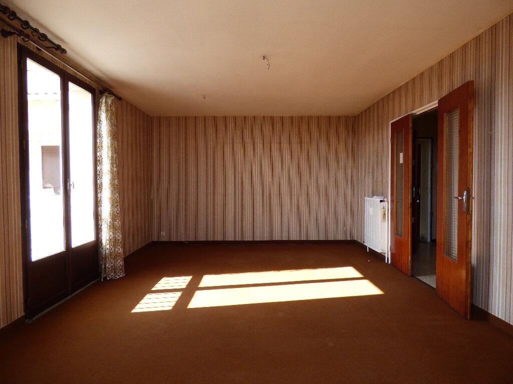Appartement à vendre 2 68m2 à Manosque vignette-2