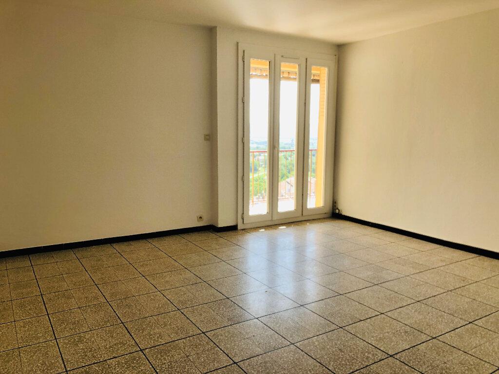 Appartement à louer 4 72.08m2 à Manosque vignette-1