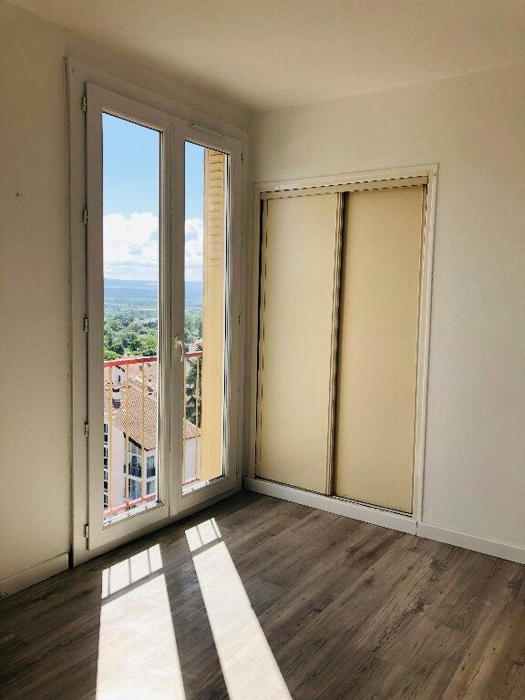 Appartement à louer 4 72.08m2 à Manosque vignette-6