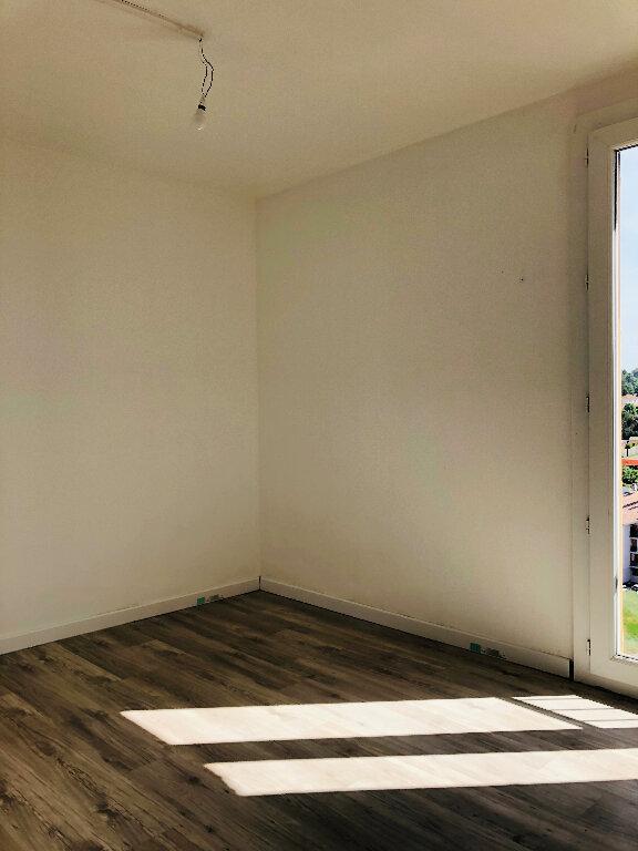 Appartement à louer 4 72.08m2 à Manosque vignette-7