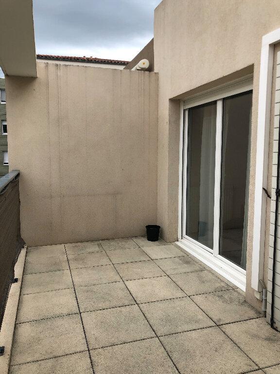 Appartement à louer 3 63.72m2 à Manosque vignette-7