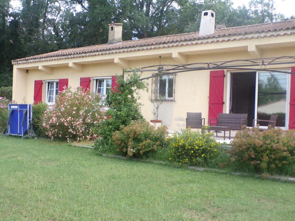 Maison à vendre 5 121m2 à La Tour-d'Aigues vignette-2