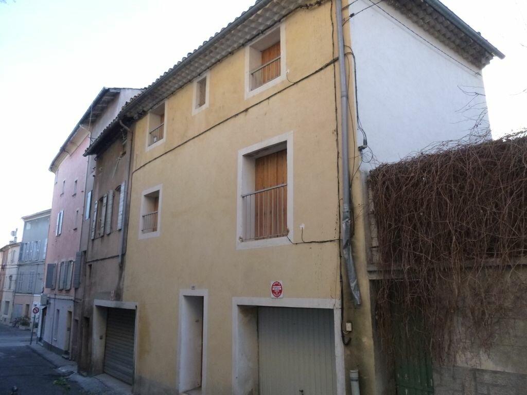 Maison à louer 3 70m2 à Carpentras vignette-1
