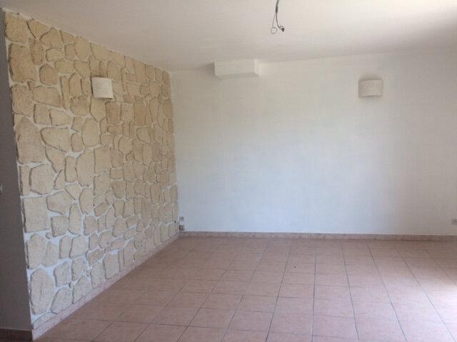 Maison à louer 3 88m2 à Bédoin vignette-4