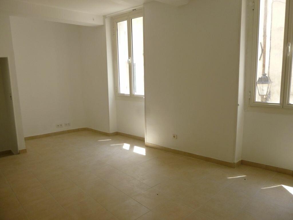 Maison à louer 4 114m2 à Beaumes-de-Venise vignette-3