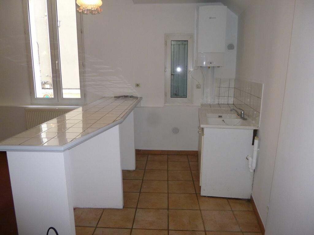 Appartement à louer 3 64m2 à Carpentras vignette-4