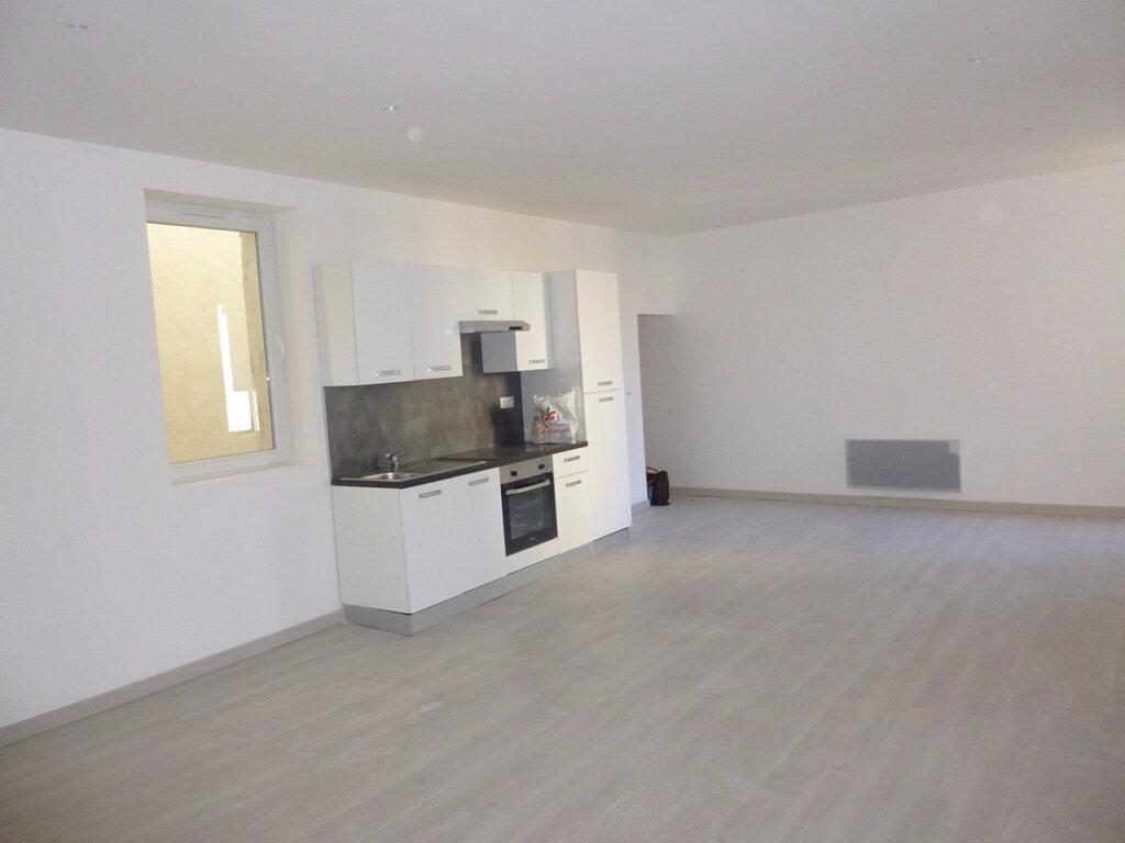 Appartement à louer 3 80m2 à Carpentras vignette-4