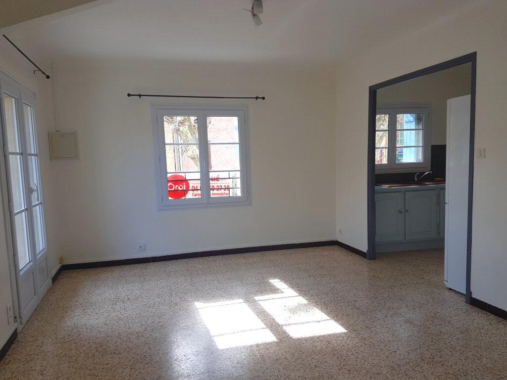 Appartement à louer 3 60m2 à Bédoin vignette-1