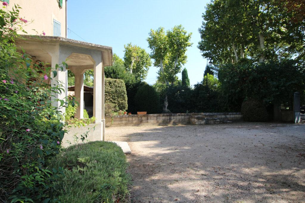 Maison à vendre 7 258m2 à Carpentras vignette-1