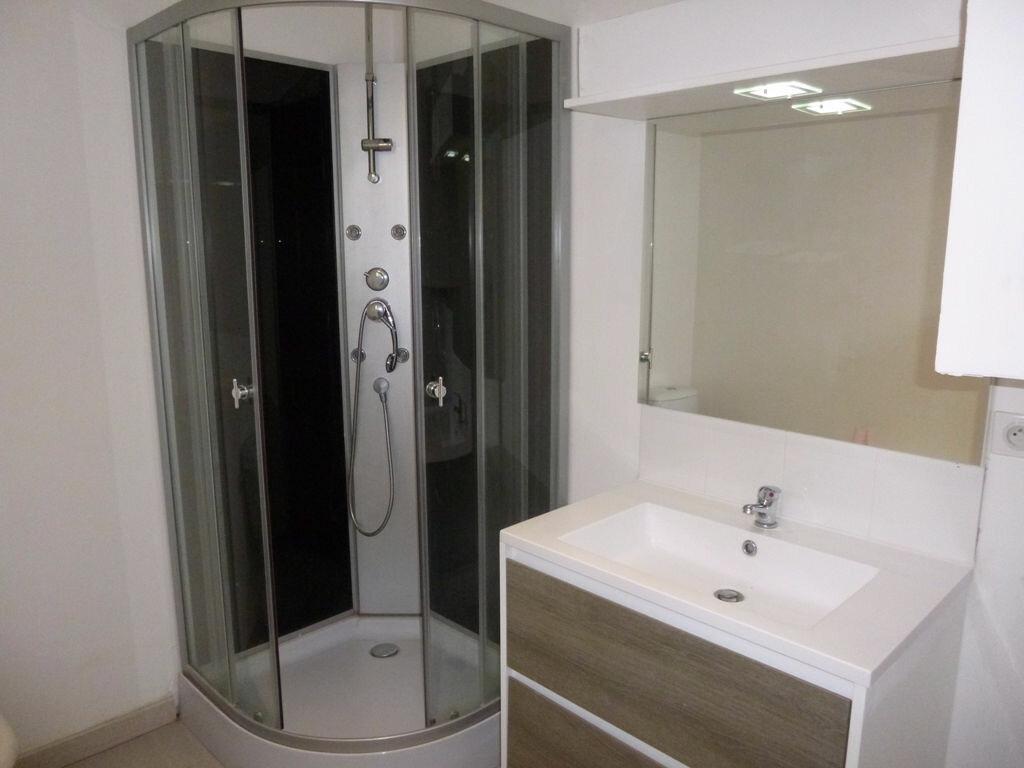 Appartement à louer 3 78m2 à Carpentras vignette-6
