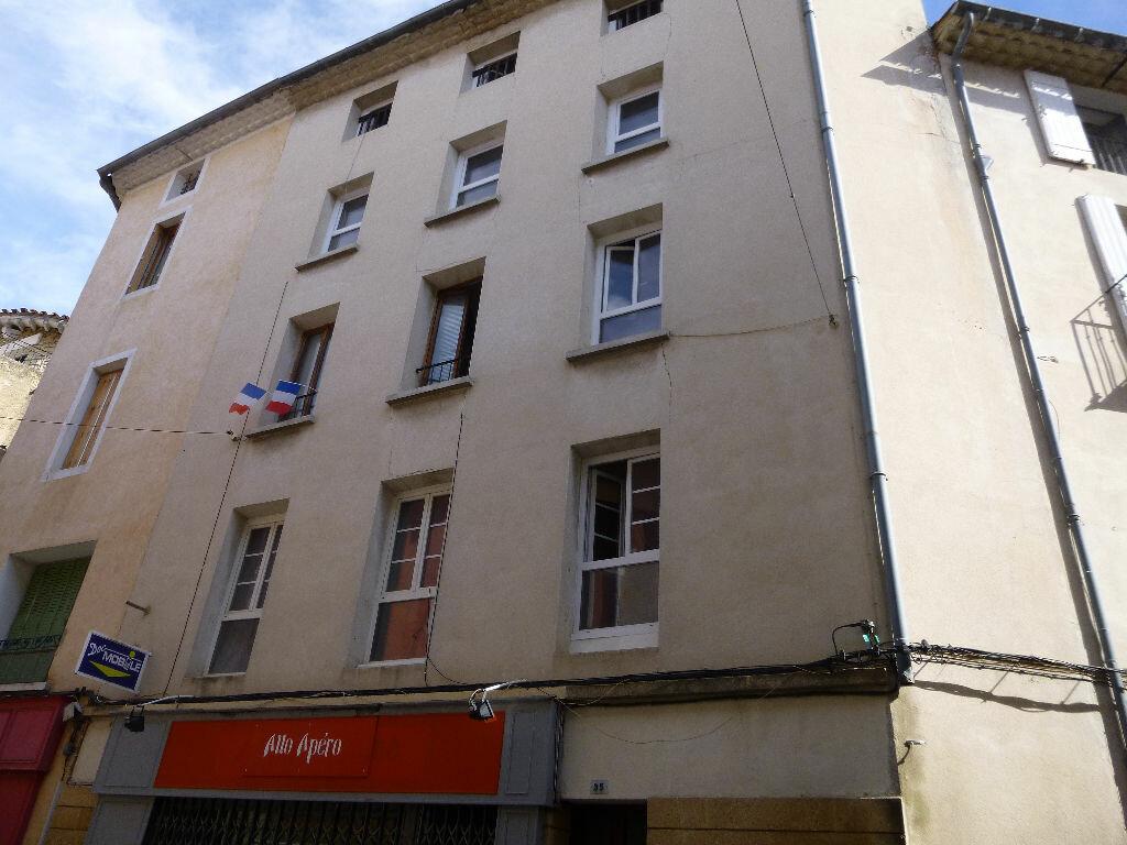 Appartement à louer 1 16m2 à Carpentras vignette-1