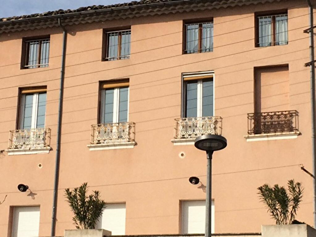 Appartement à louer 2 33.74m2 à Carpentras vignette-6