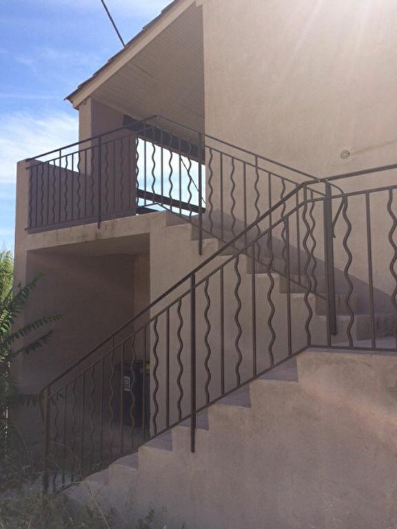 Appartement à louer 2 48m2 à Saint-Pierre-de-Vassols vignette-2