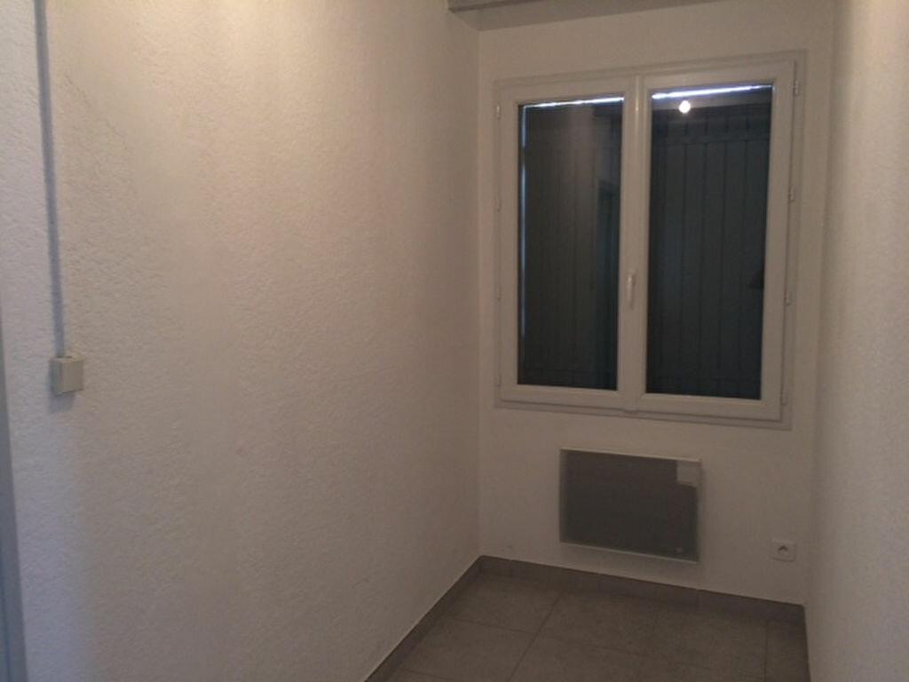 Appartement à louer 2 48m2 à Saint-Pierre-de-Vassols vignette-8