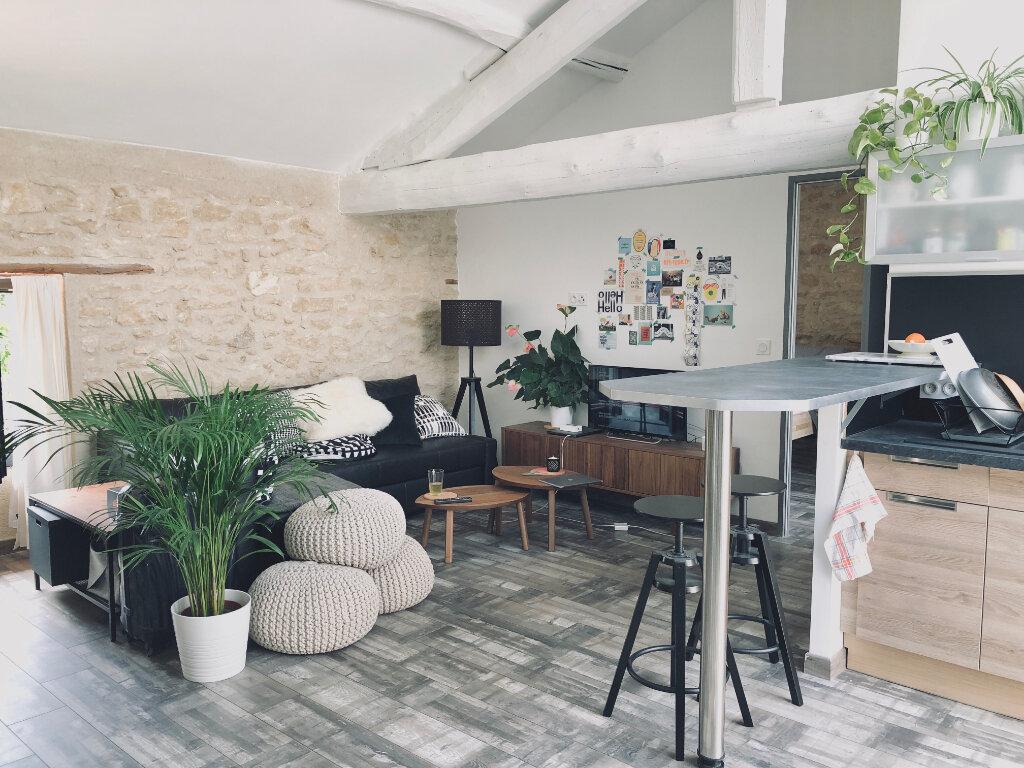 Appartement à louer 2 53m2 à Carpentras vignette-3
