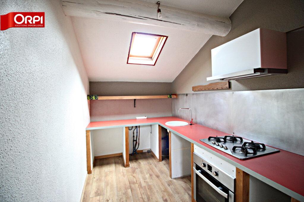 Appartement à louer 3 75m2 à Carpentras vignette-4