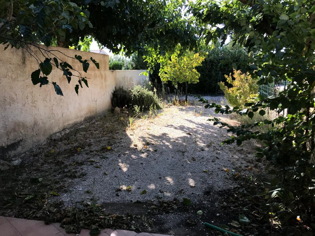Maison à vendre 4 102m2 à Carpentras vignette-1