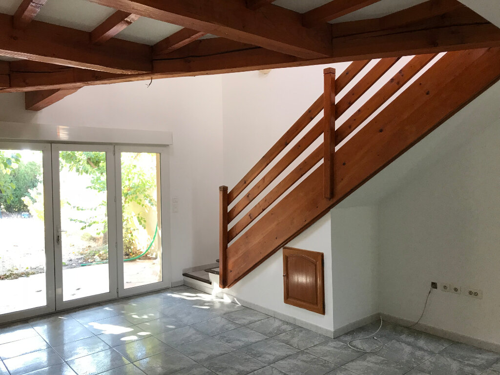 Maison à vendre 4 102m2 à Carpentras vignette-2