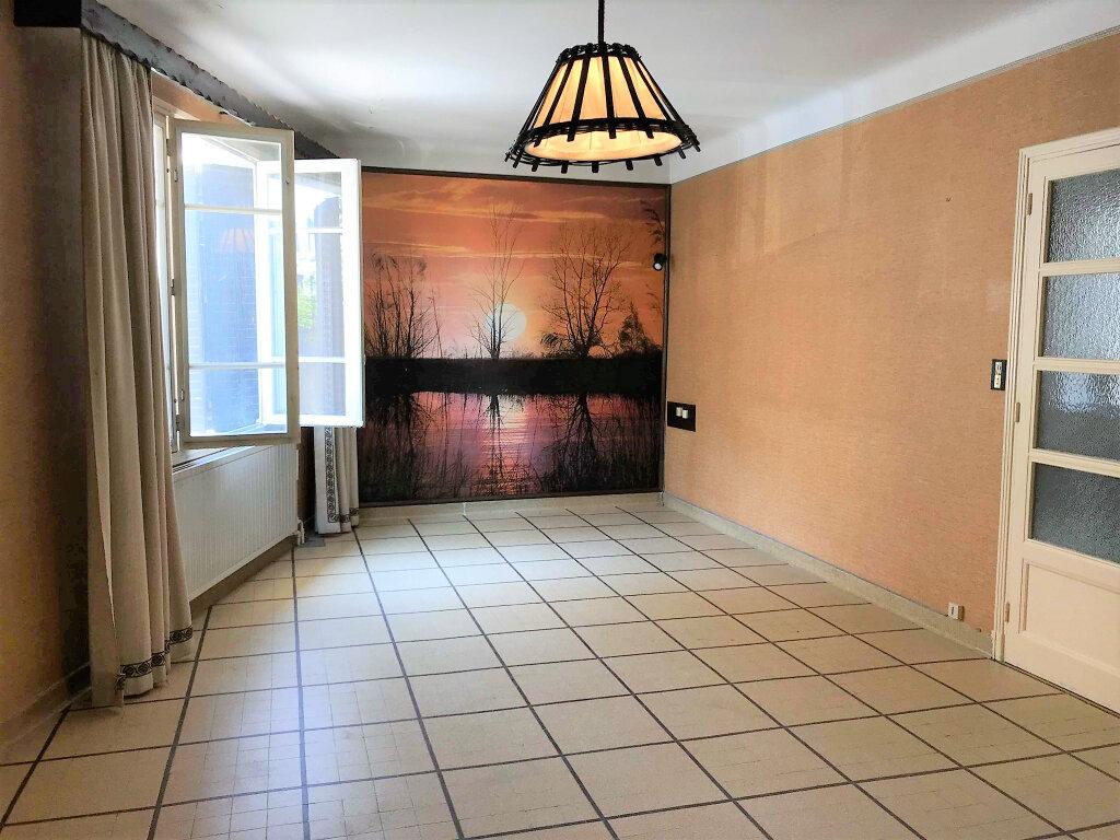 Maison à vendre 5 150m2 à Laragne-Montéglin vignette-2