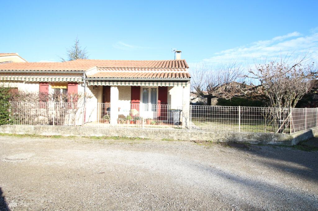 Maison à vendre 3 75m2 à Carpentras vignette-4