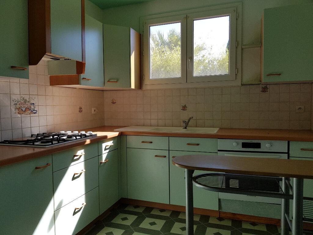 Maison à vendre 3 69m2 à Pernes-les-Fontaines vignette-3