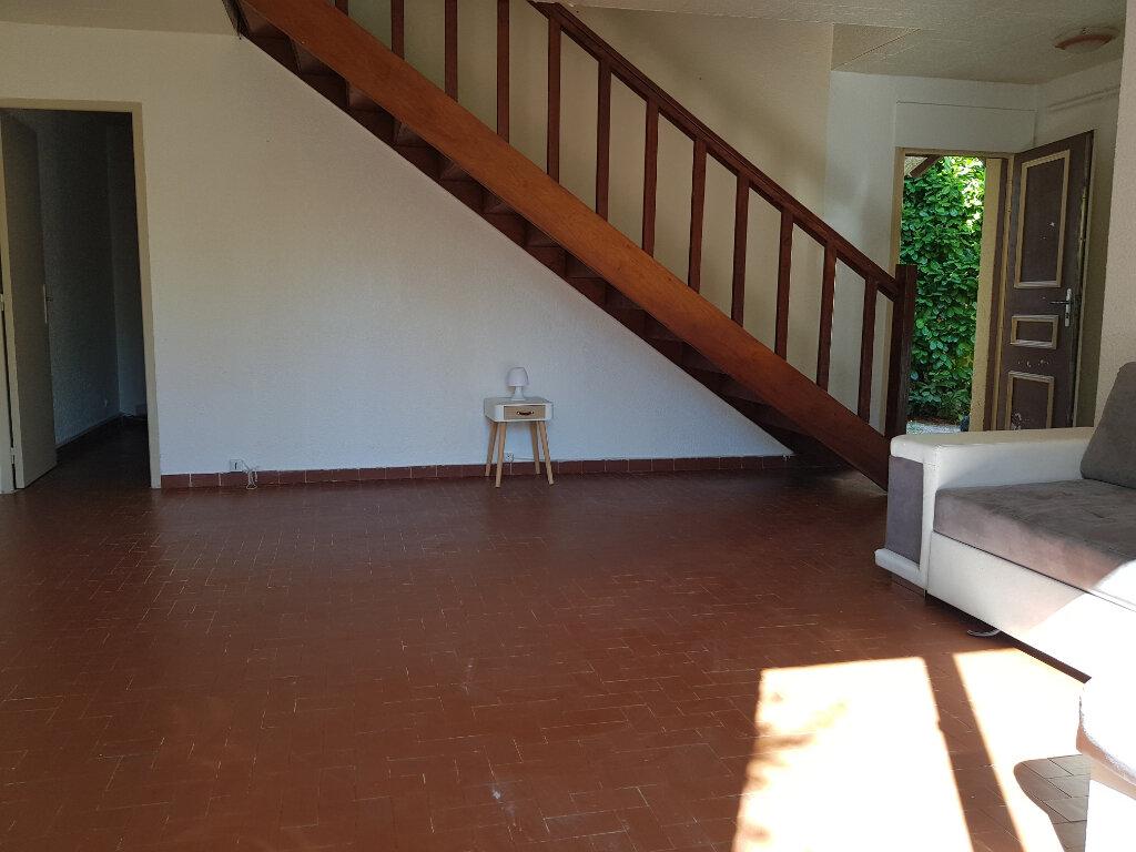 Maison à vendre 3 69m2 à Pernes-les-Fontaines vignette-4