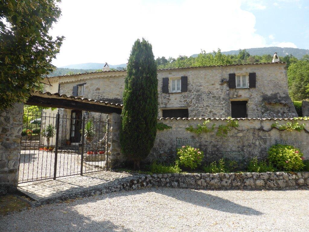 Maison à vendre 5 140m2 à Saint-Léger-du-Ventoux vignette-1