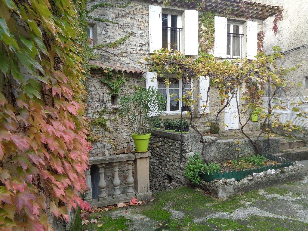Maison à vendre 8 159m2 à Vaison-la-Romaine vignette-1