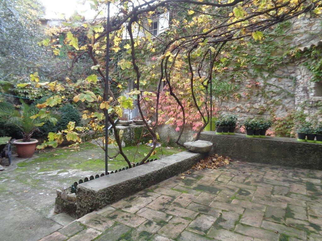 Maison à vendre 8 159m2 à Vaison-la-Romaine vignette-3
