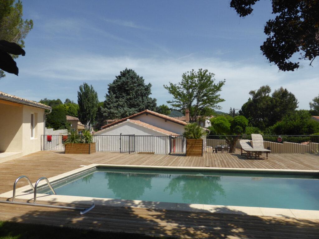 Maison à vendre 5 125m2 à Vaison-la-Romaine vignette-1