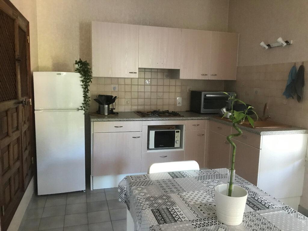 Appartement à vendre 3 55m2 à Vaison-la-Romaine vignette-2