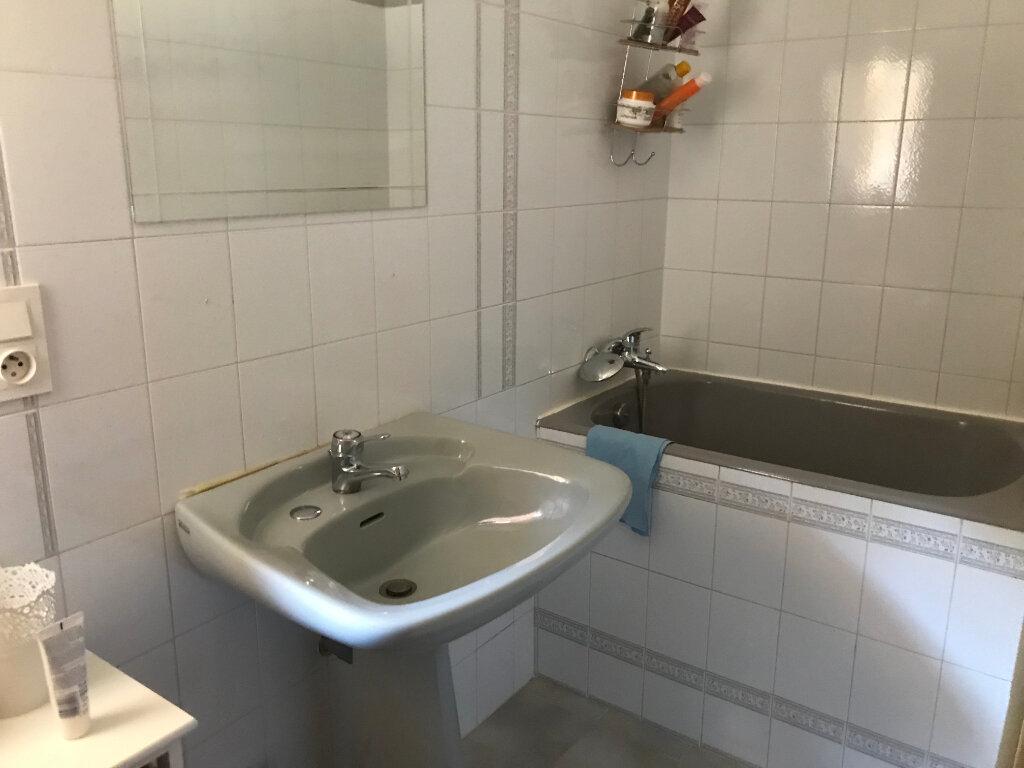 Appartement à vendre 3 55m2 à Vaison-la-Romaine vignette-3