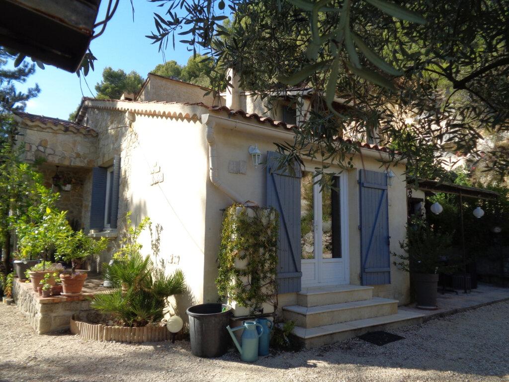 Maison à vendre 4 102m2 à Vaison-la-Romaine vignette-1