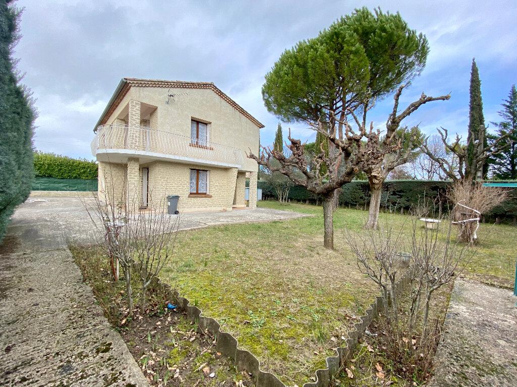 Maison à vendre 6 120m2 à Vaison-la-Romaine vignette-1
