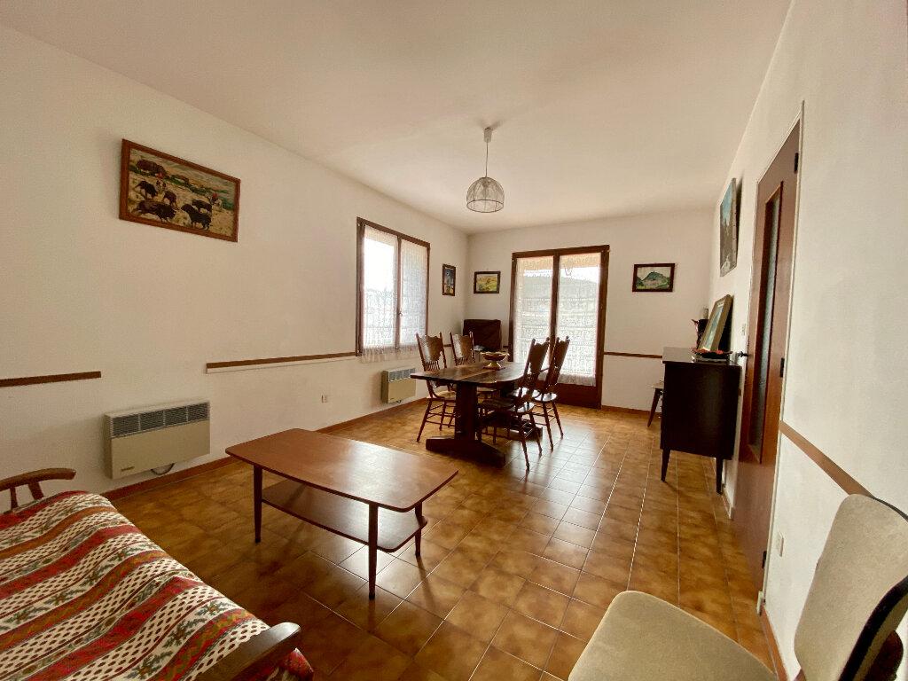 Maison à vendre 6 120m2 à Vaison-la-Romaine vignette-9