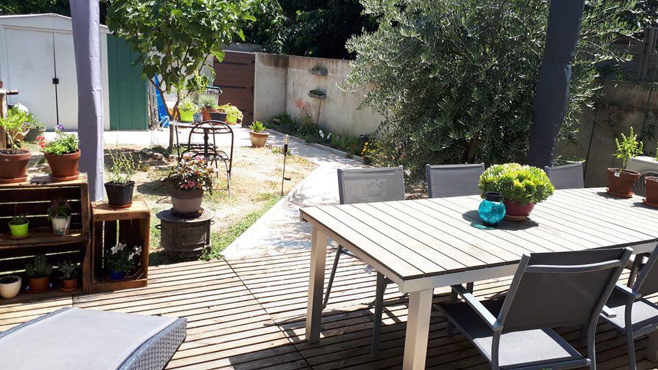 Maison à vendre 4 104.88m2 à Vaison-la-Romaine vignette-1