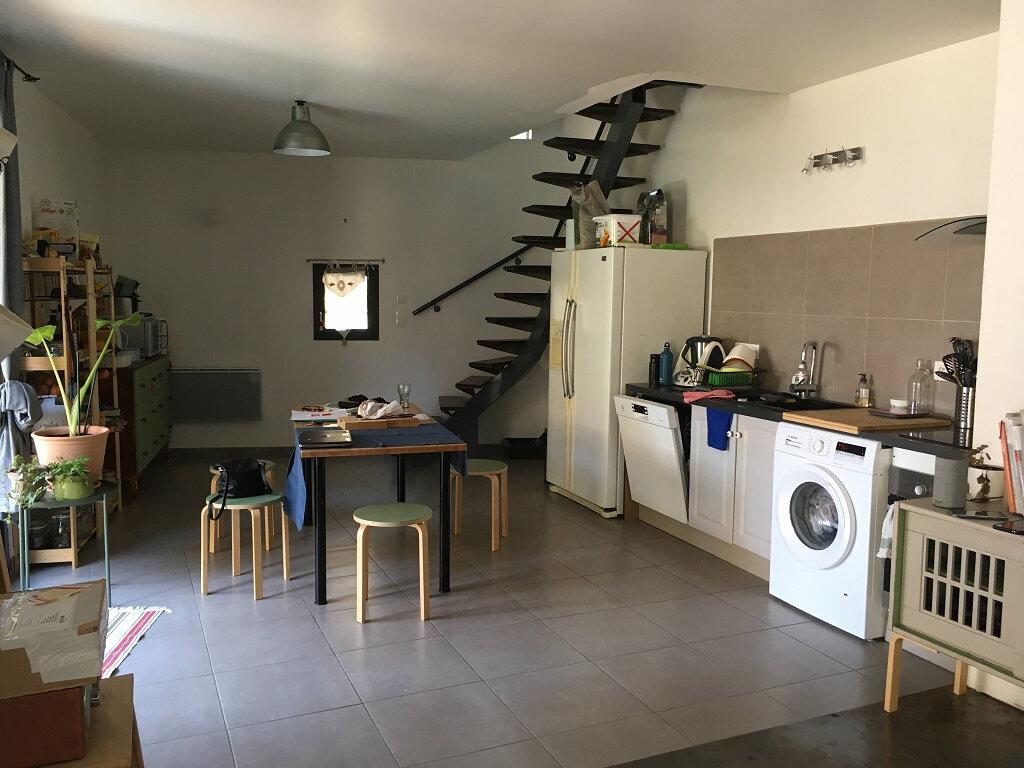 Maison à louer 4 92.83m2 à Tavel vignette-3