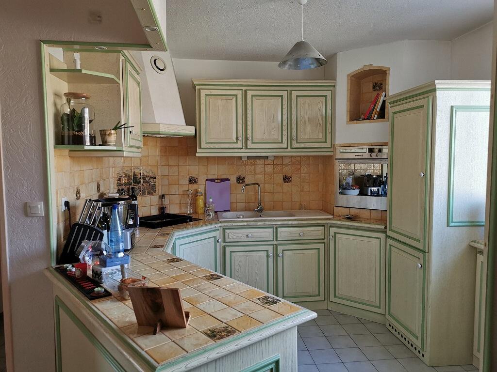 Appartement à louer 3 69.42m2 à Villeneuve-lès-Avignon vignette-4