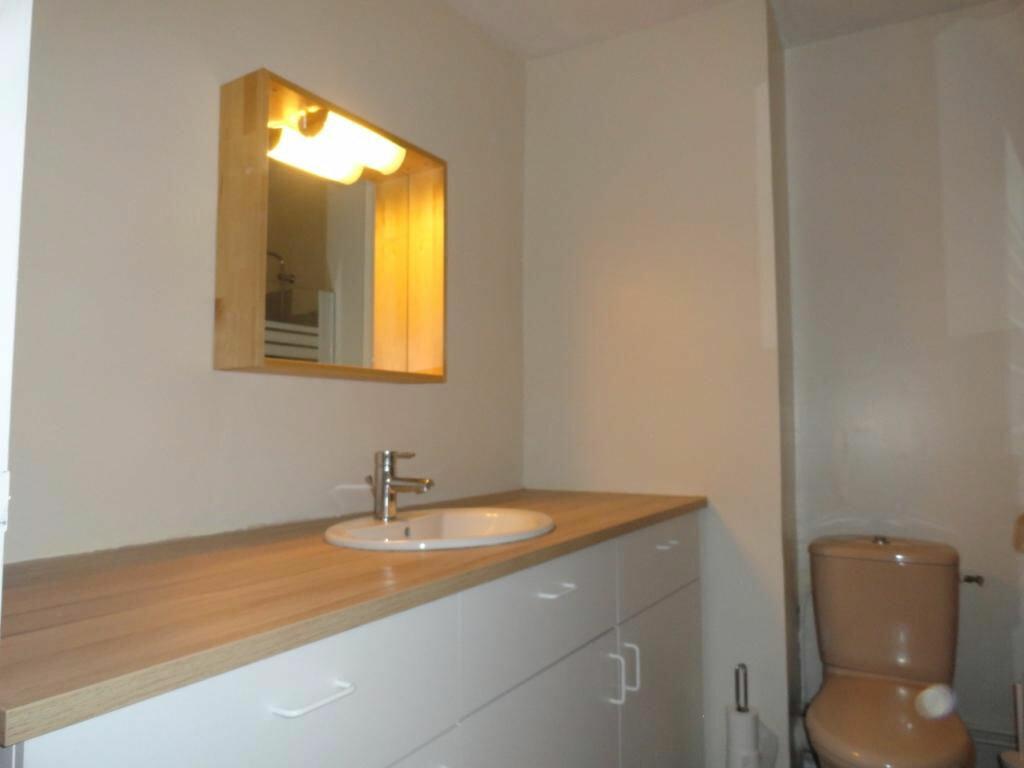Appartement à louer 1 31m2 à Avignon vignette-4
