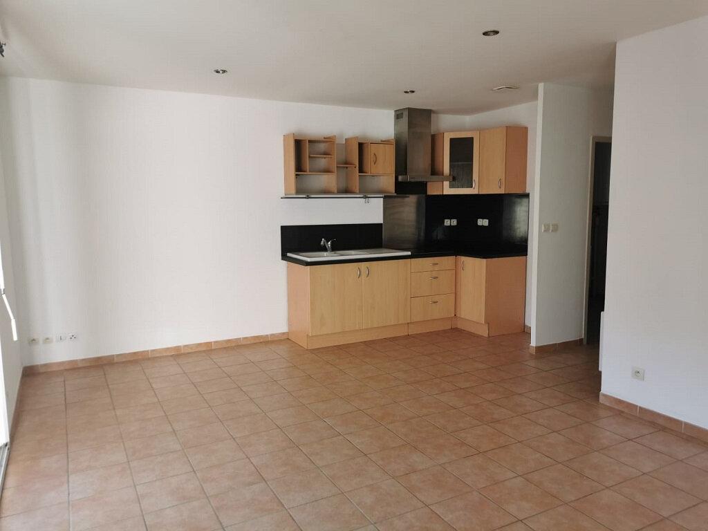 Appartement à louer 2 45m2 à Tavel vignette-2