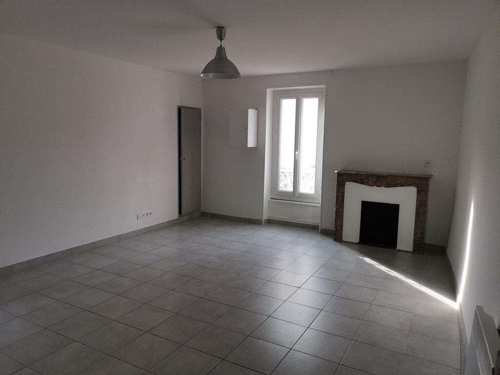 Appartement à louer 3 62m2 à Rochefort-du-Gard vignette-2