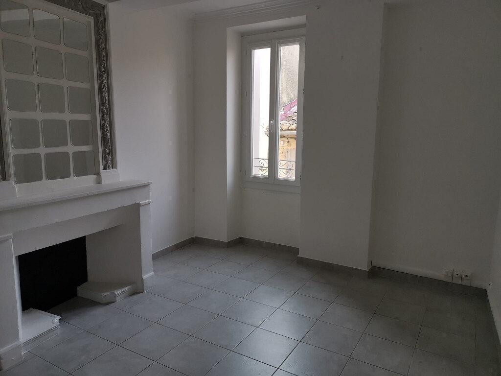 Appartement à louer 3 62m2 à Rochefort-du-Gard vignette-4