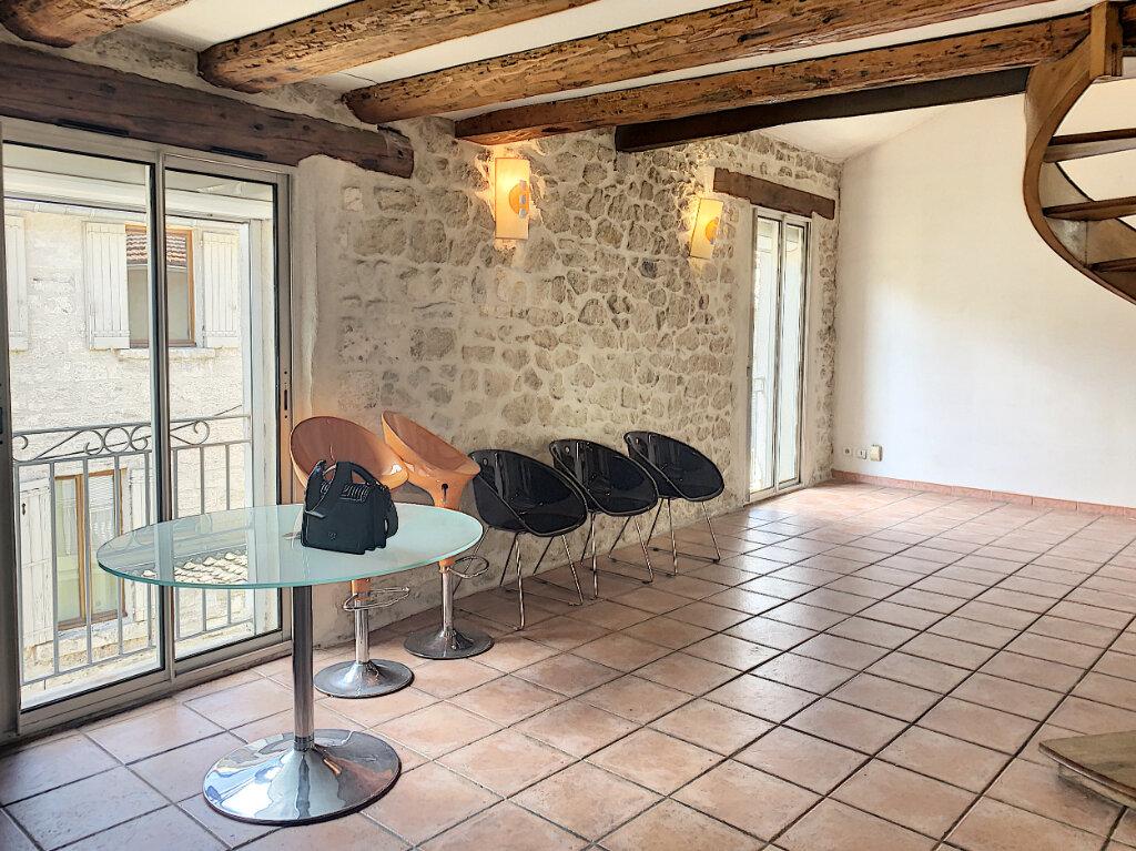 Appartement à vendre 3 74m2 à Avignon vignette-1