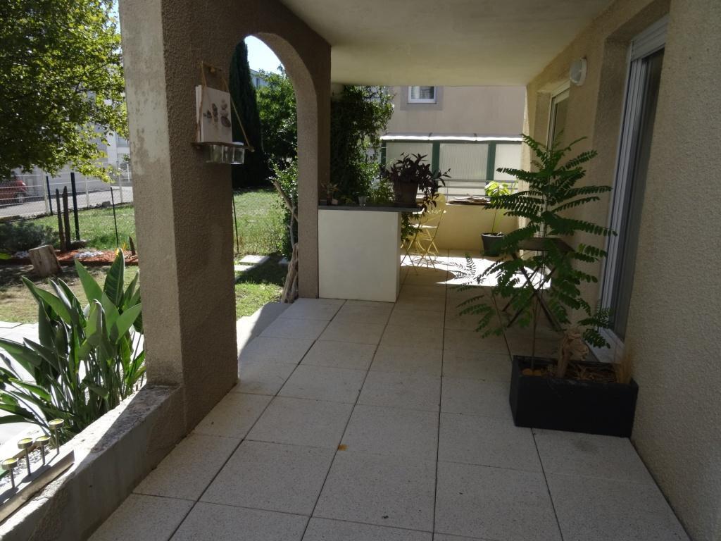 Appartement à vendre 4 79m2 à Avignon vignette-3