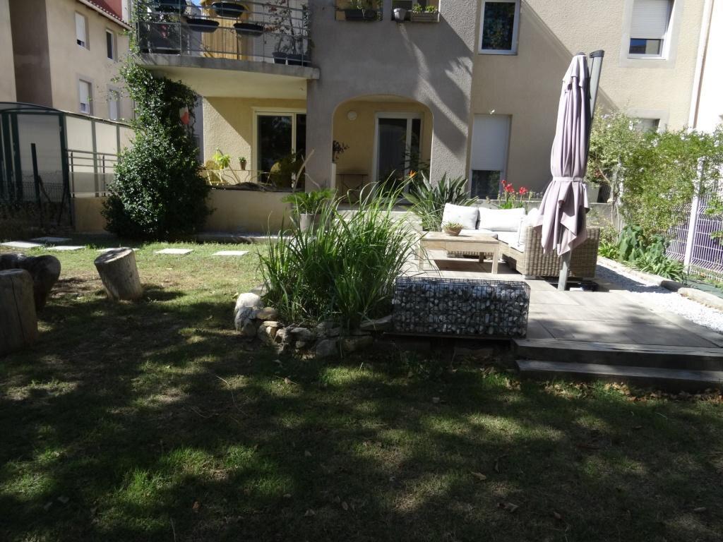 Appartement à vendre 4 79m2 à Avignon vignette-5